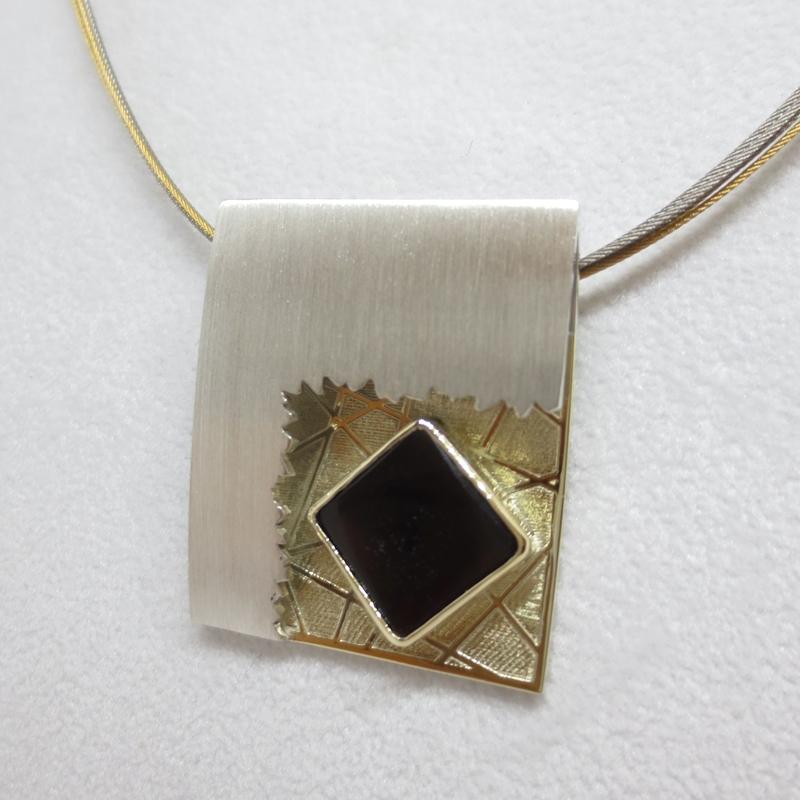 Anhänger Silber, Gelbgold mit Kundenstein